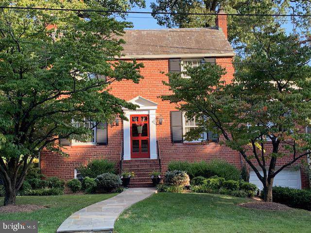2355 N Quincy Street, ARLINGTON, VA 22207 (#VAAR154376) :: The Licata Group/Keller Williams Realty