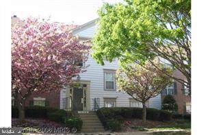 12108 Green Ledge Court #302, FAIRFAX, VA 22033 (#VAFX1089790) :: Circadian Realty Group