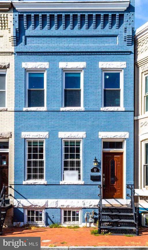 313 Elm Street NW, WASHINGTON, DC 20001 (#DCDC443972) :: Crossman & Co. Real Estate
