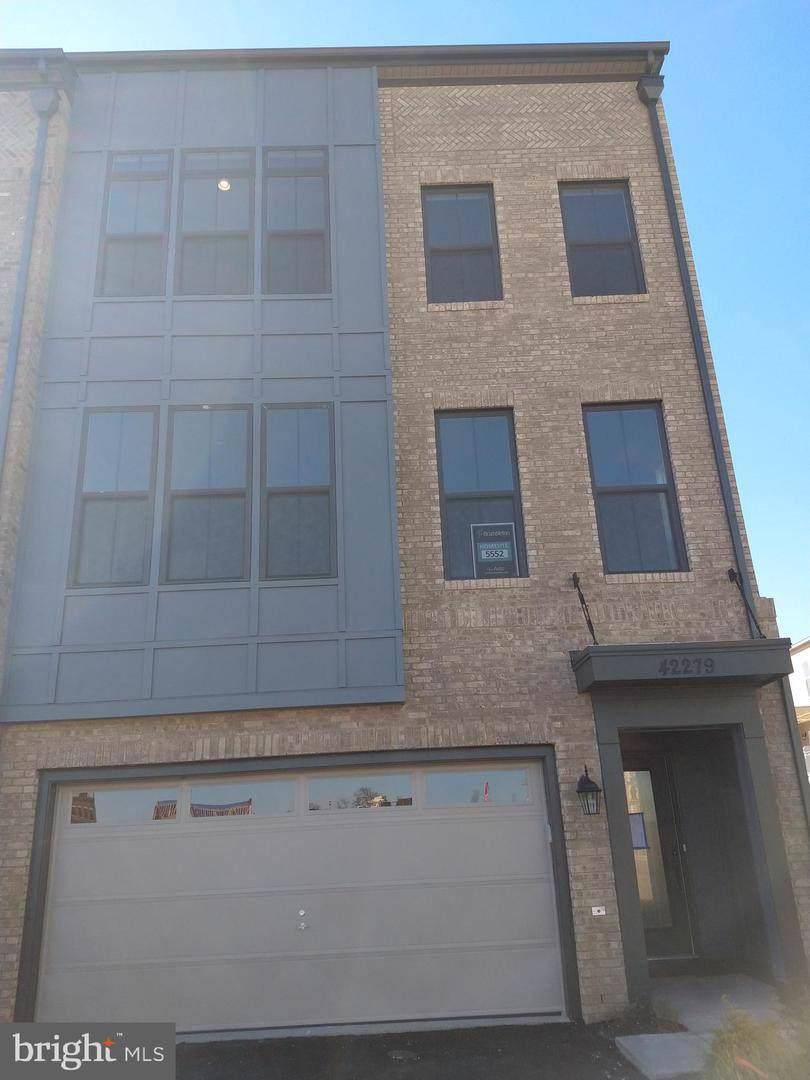 42279 Crawford Terrace - Photo 1