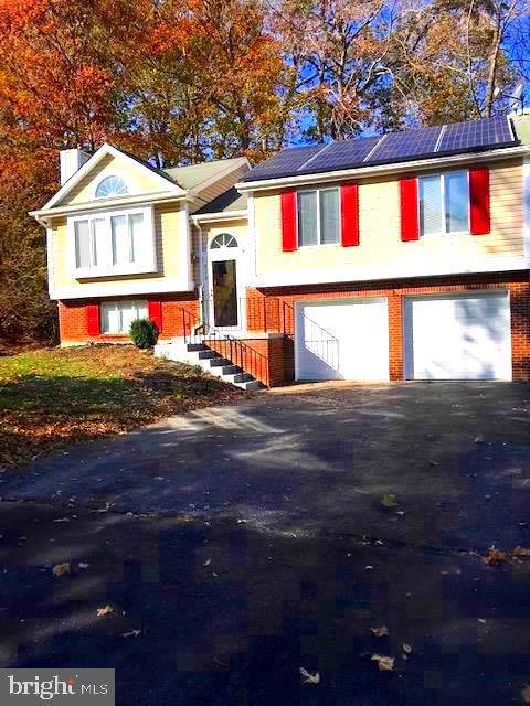 8118 Gold Cup Lane, BOWIE, MD 20715 (#MDPG548762) :: Keller Williams Pat Hiban Real Estate Group