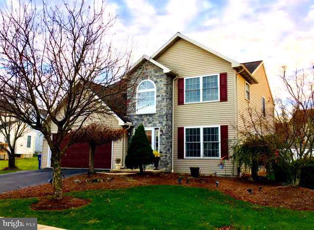 108 W Lincoln Drive, WERNERSVILLE, PA 19565 (#PABK351252) :: Bob Lucido Team of Keller Williams Integrity