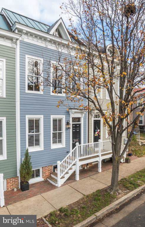 1219 Queen Street, ALEXANDRIA, VA 22314 (#VAAX241930) :: Remax Preferred | Scott Kompa Group