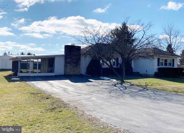 138 Pennsylvania Avenue, MIFFLINTOWN, PA 17059 (#PAJT100610) :: The Joy Daniels Real Estate Group
