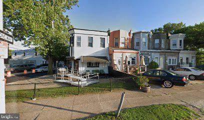 186 Roosevelt Boulevard - Photo 1