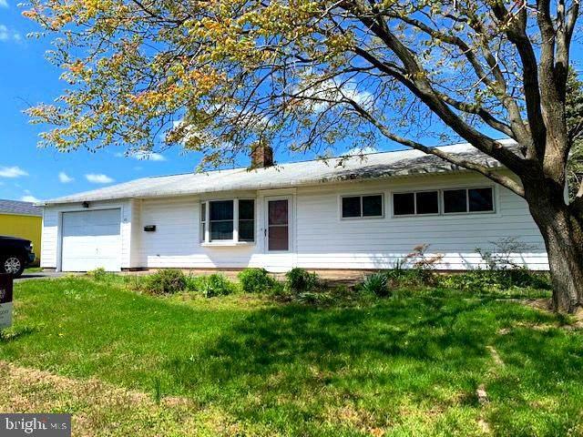 43 Farmbrook Drive, LEVITTOWN, PA 19055 (#PABU494264) :: LoCoMusings