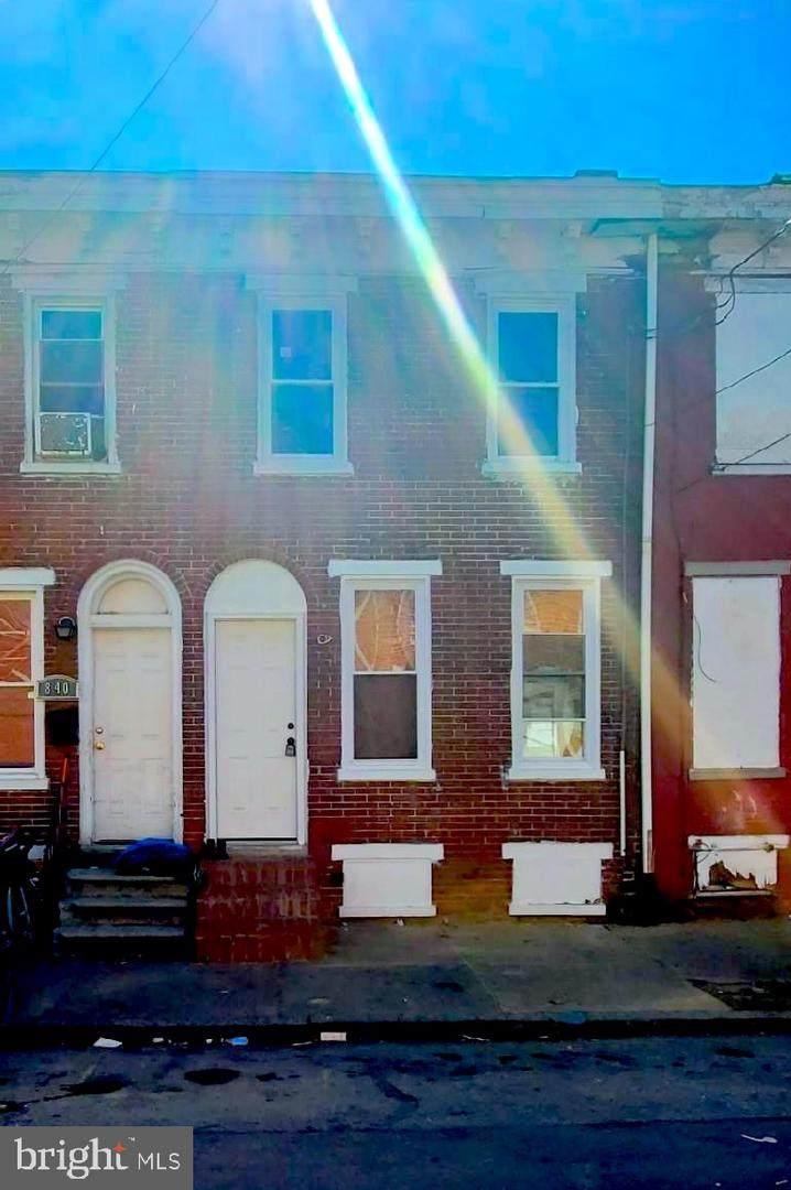 838 Kirkwood St - Photo 1