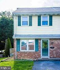 435 S Market Avenue, MOUNT JOY, PA 17552 (#PALA163768) :: The Heather Neidlinger Team With Berkshire Hathaway HomeServices Homesale Realty