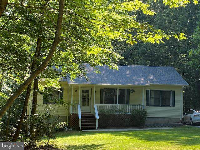 12151 Pine Tree Lane, LUSBY, MD 20657 (#MDCA176748) :: Ultimate Selling Team