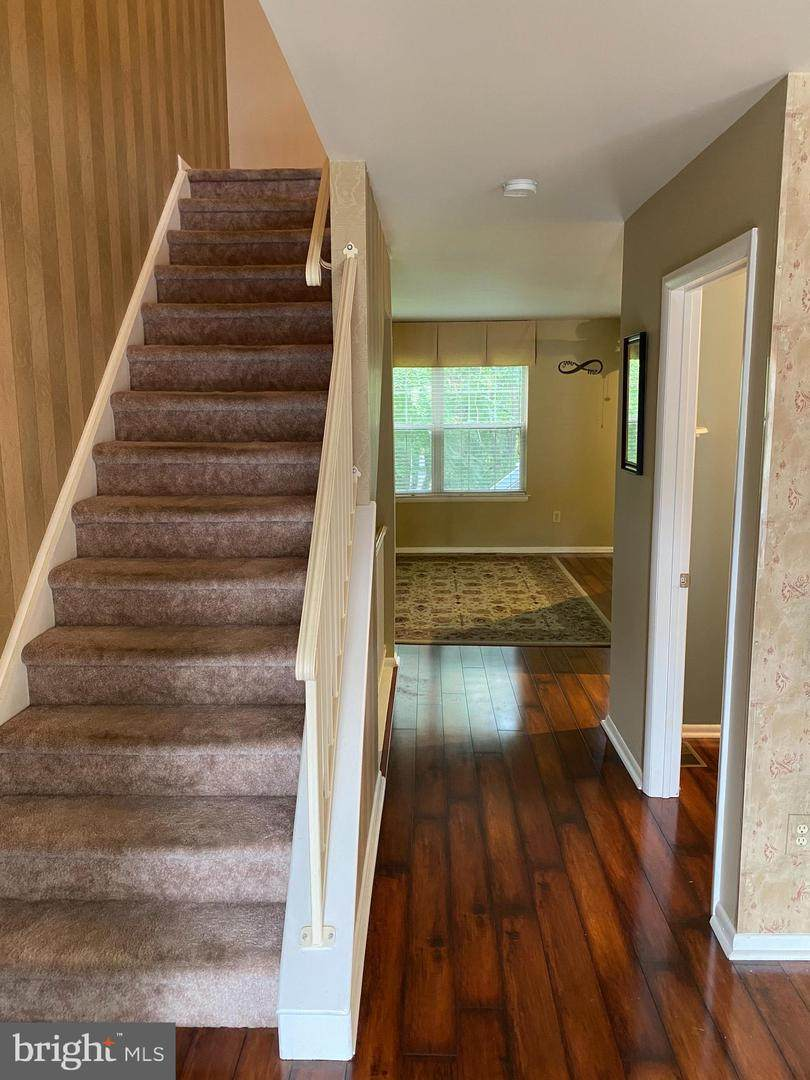 77 Forest Court - Photo 1