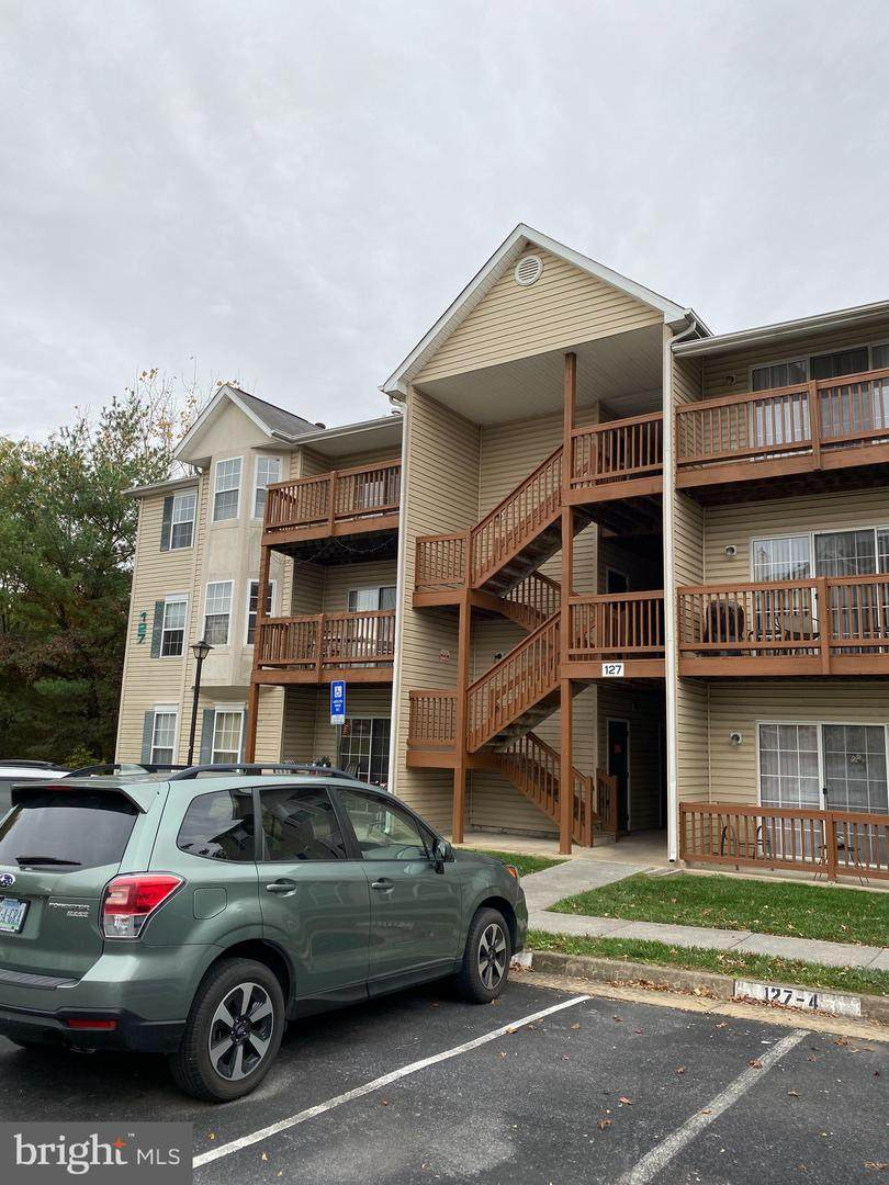 127 Brookland Terrace - Photo 1