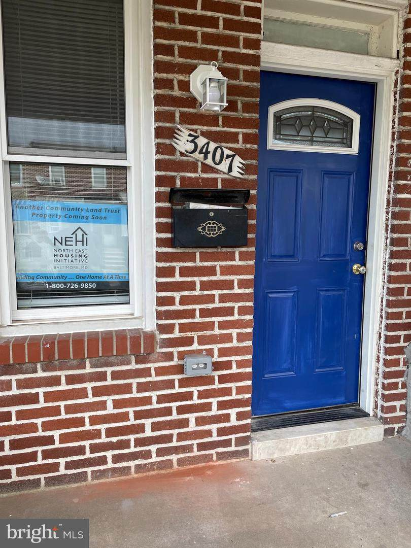3407 Ravenwood Avenue - Photo 1