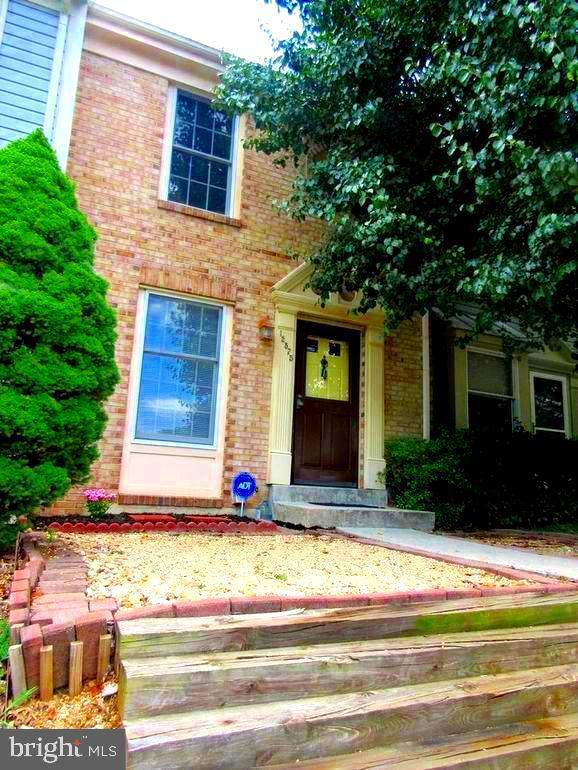 12575 Coral Grove Place, GERMANTOWN, MD 20874 (#MDMC731814) :: The Gold Standard Group