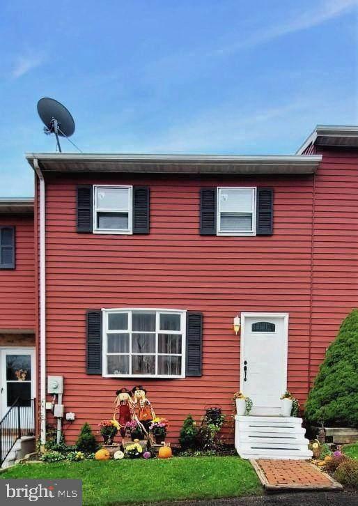 10 Aspen Drive, ETTERS, PA 17319 (#PAYK148054) :: The Joy Daniels Real Estate Group