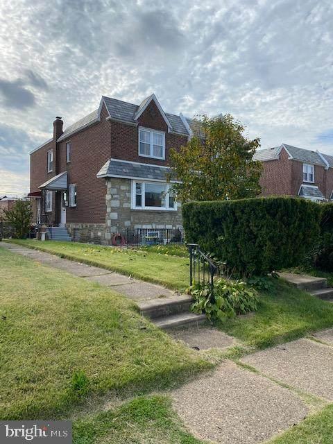 2138 Vista Street, PHILADELPHIA, PA 19152 (MLS #PAPH949402) :: Kiliszek Real Estate Experts