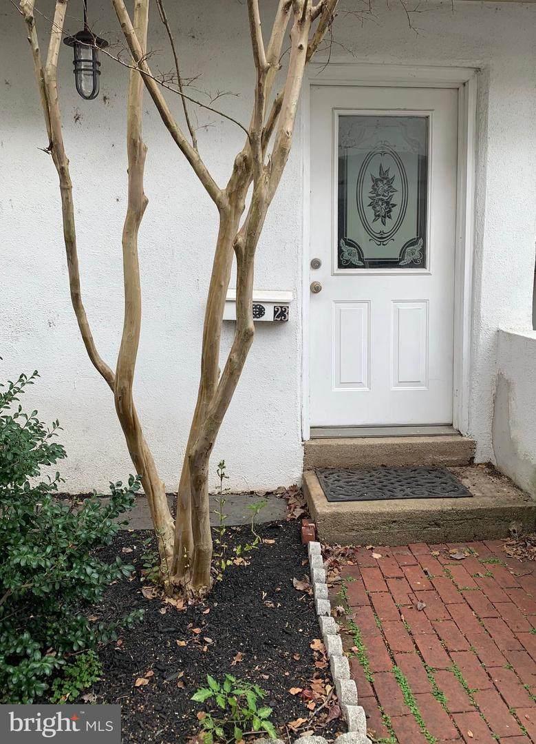 23 Lombard Mews - Photo 1
