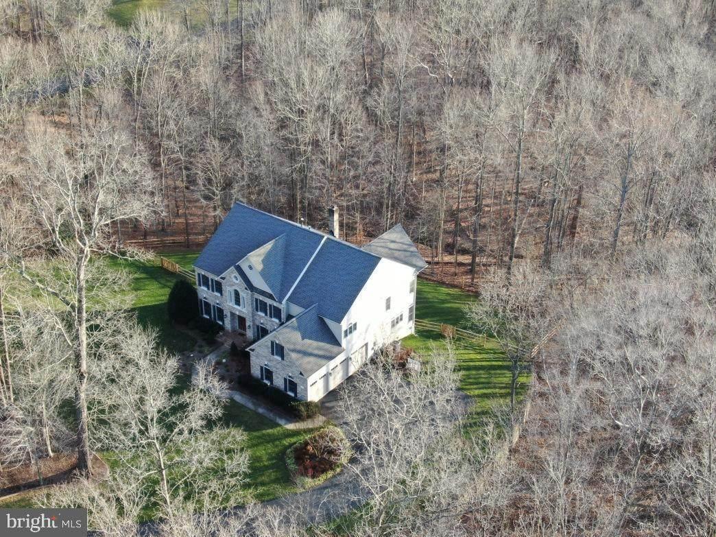 8192 Cottage Rose Court - Photo 1