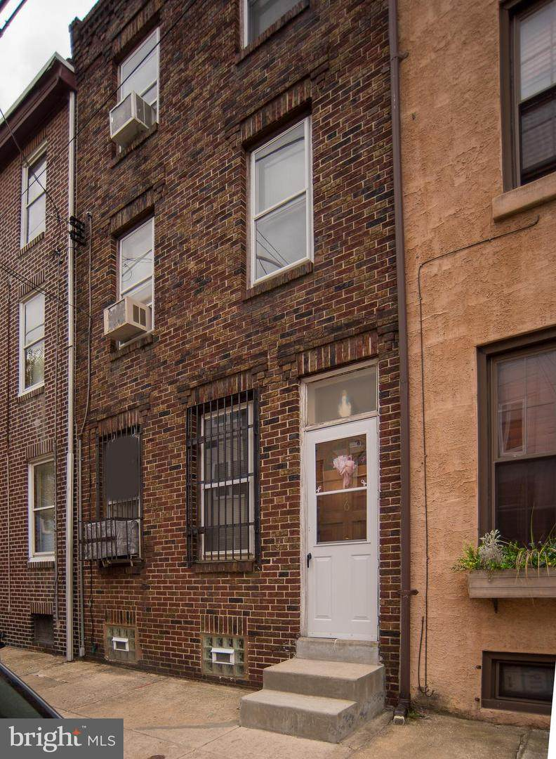 416 Thompson Street - Photo 1