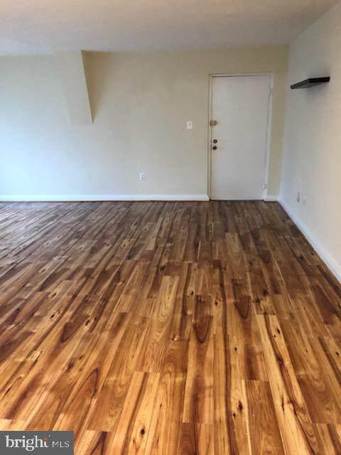 3837 Hamilton Street J-103, HYATTSVILLE, MD 20781 (#MDPG596520) :: Dart Homes