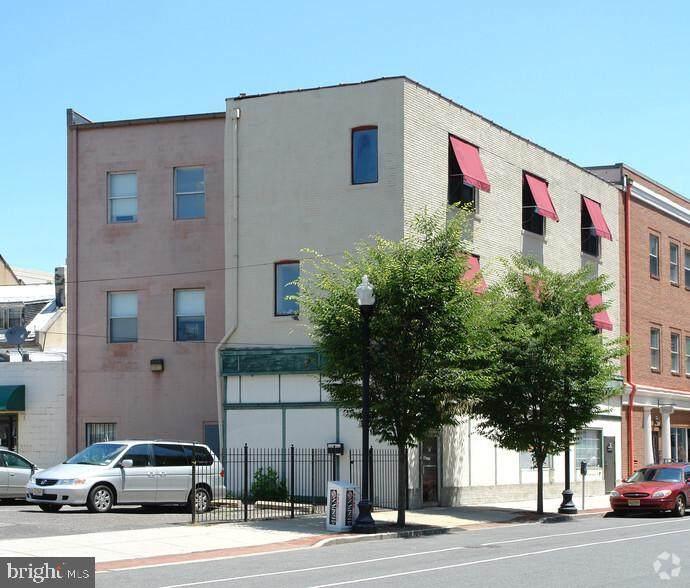 4 Lafayette Street - Photo 1