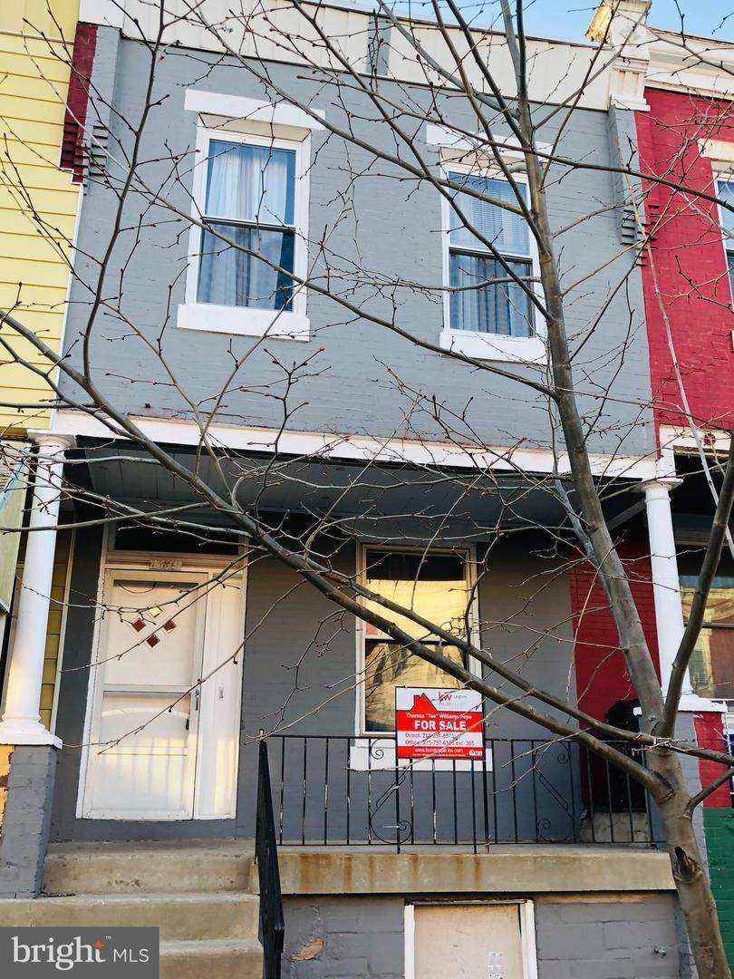 1329 Narragansett Street - Photo 1