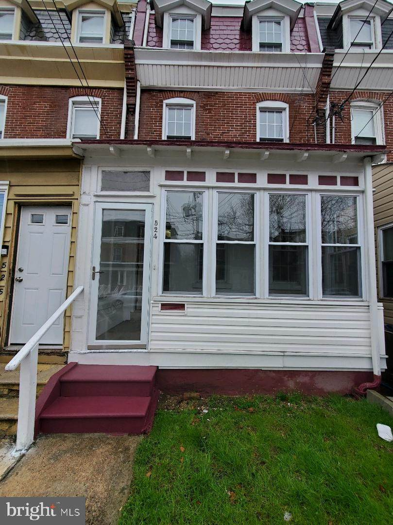 524 Vandever Avenue - Photo 1
