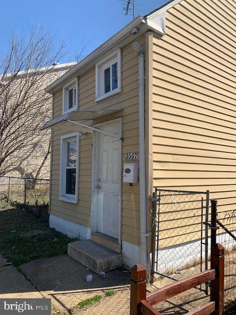 3547 4TH Street, BALTIMORE, MD 21225 (#MDBA543670) :: Bruce & Tanya and Associates