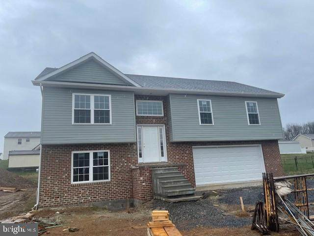 12176 Red Hawk Dr, WAYNESBORO, PA 17268 (#PAFL178892) :: Realty ONE Group Unlimited