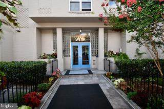 2130 N Street NW #308, WASHINGTON, DC 20037 (#DCDC516748) :: Great Falls Great Homes
