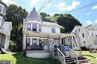 219-221 Main Street - Photo 1
