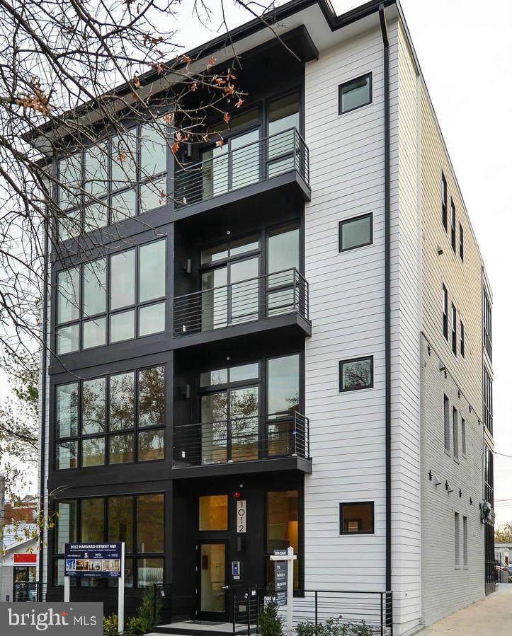 1012 Harvard Street - Photo 1