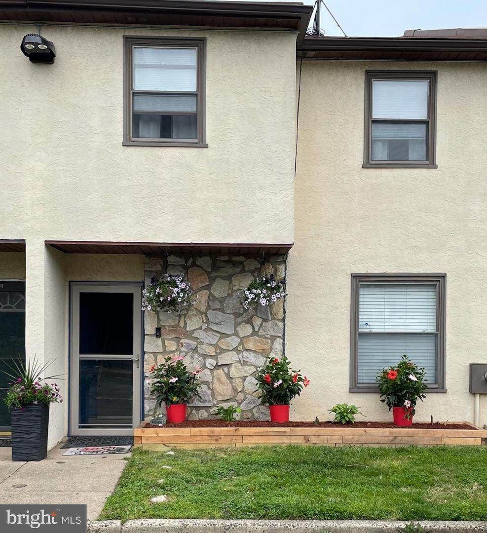 13050 Townsend Road - Photo 1
