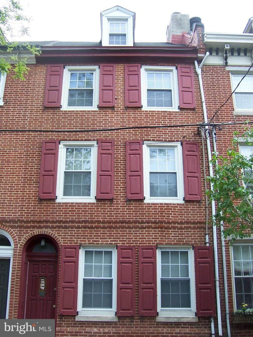315 Lawrence Street - Photo 1