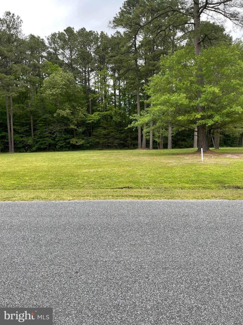 2606 Pine Ridge Court - Photo 1