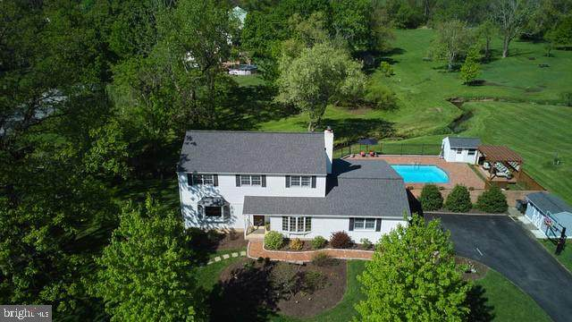1401 Grand Oak Lane, WEST CHESTER, PA 19380 (#PACT536498) :: The Matt Lenza Real Estate Team
