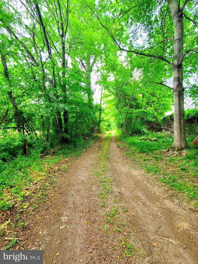 1475 Langhorne Yardley Road - Photo 1