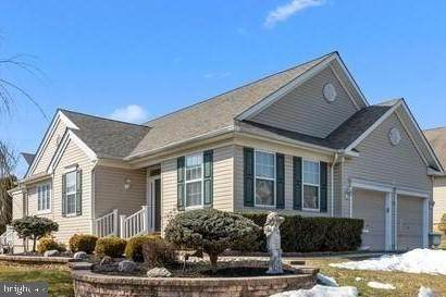 25 Blue Flax Lane, LANGHORNE, PA 19047 (#PABU530526) :: Blackwell Real Estate