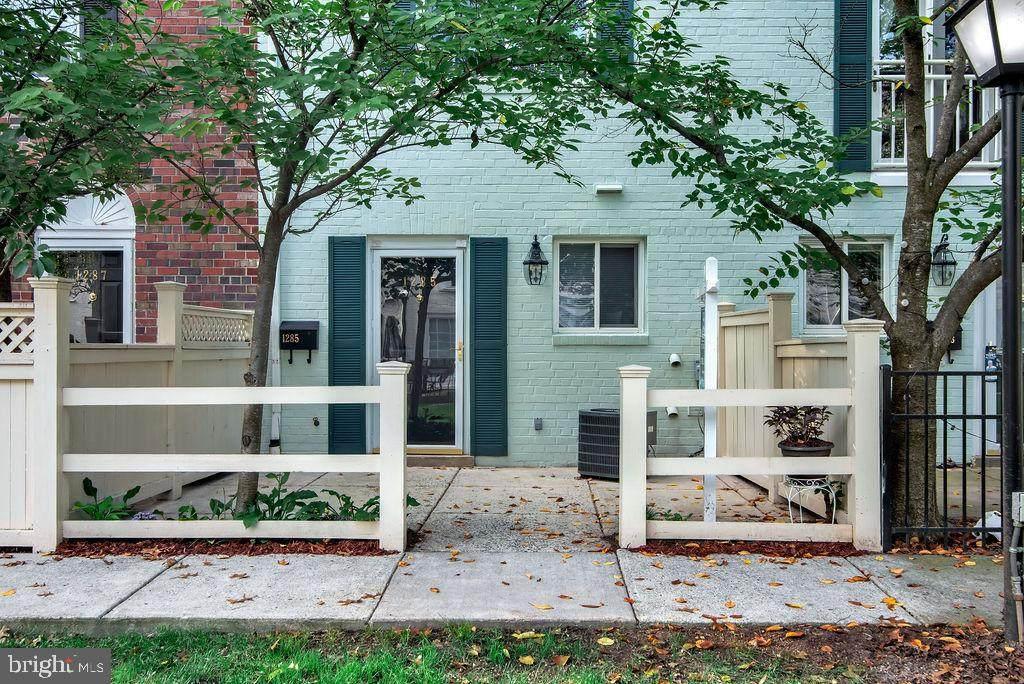 1285 Van Dorn Street - Photo 1