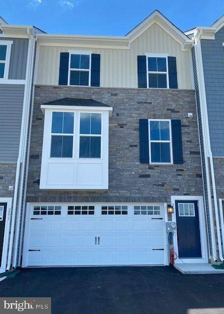 203 Chase Drive, DOWNINGTOWN, PA 19335 (#PACT2001280) :: LoCoMusings