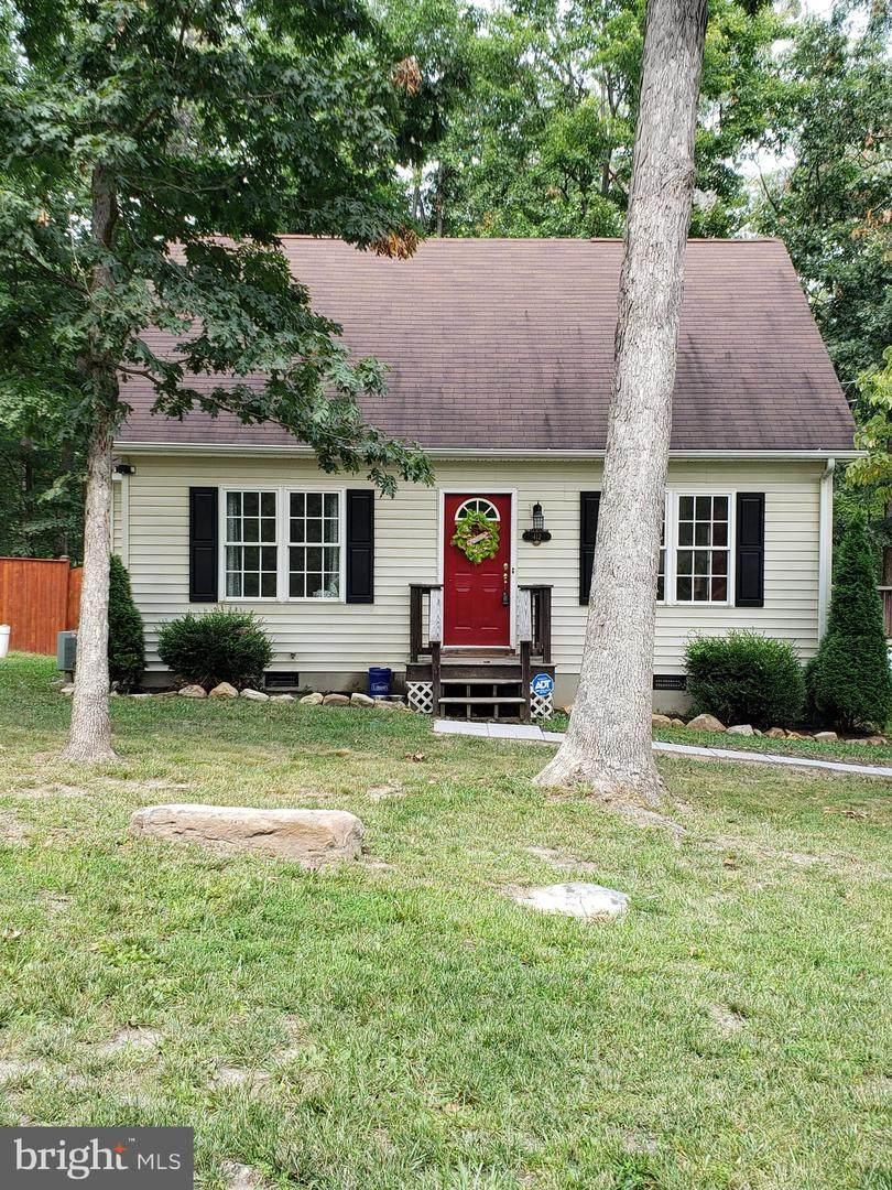 412 Winchester Drive - Photo 1