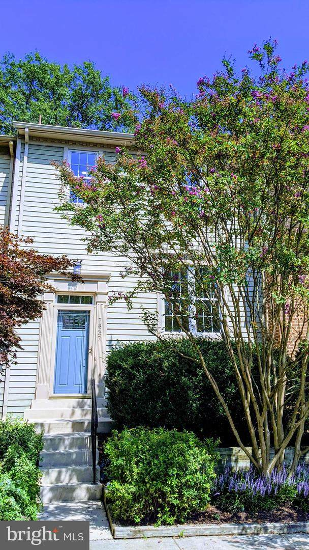 7827 Mount Woodley Place, ALEXANDRIA, VA 22306 (#VAFX2013264) :: Integrity Home Team
