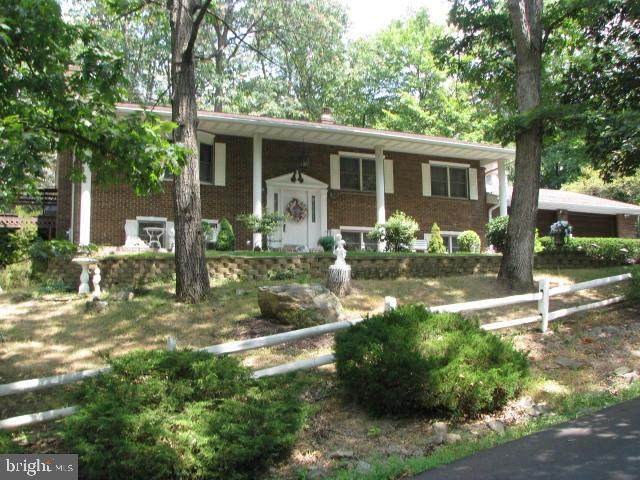 4 Edge O Wood Lane, LAVALE, MD 21502 (#MDAL2000602) :: New Home Team of Maryland