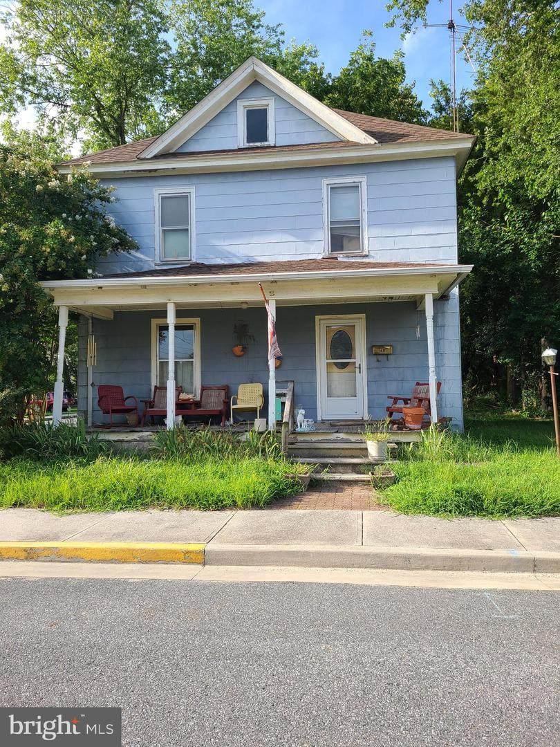 701 & 703 East Street - Photo 1