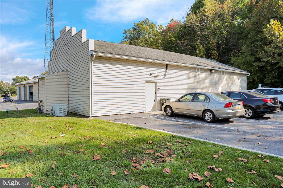 5869 Pottsville Pike - Photo 1