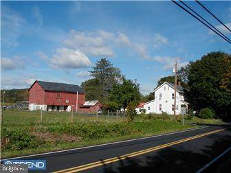 2004 Richlandtown Pike, COOPERSBURG, PA 18036 (#1000239455) :: Nexthome Force Realty Partners
