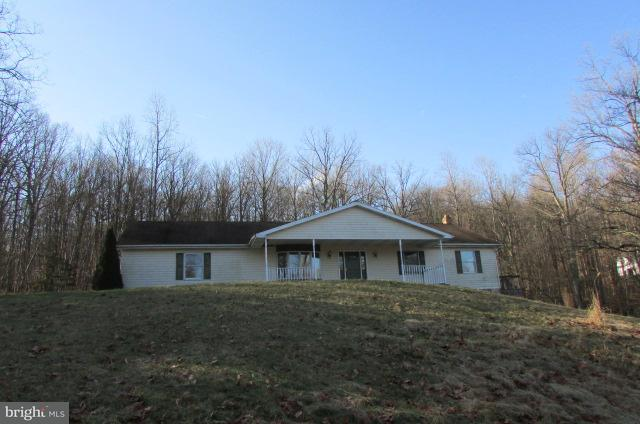 615 Pleasant View Road, LEWISBERRY, PA 17339 (#1000104840) :: Teampete Realty Services, Inc