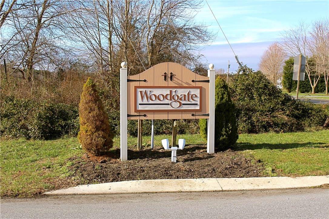 29637 Woodgate Drive - Photo 1