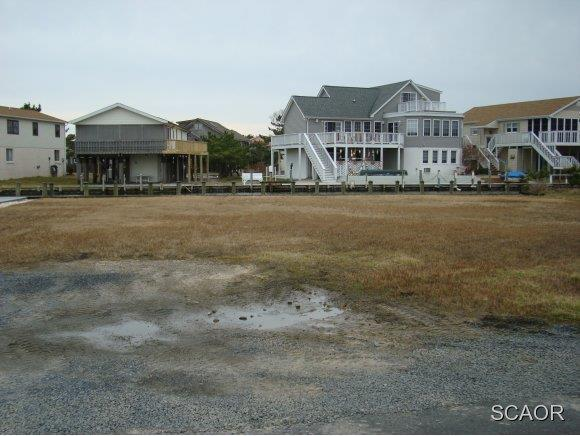 24 Oyster Bay Drive - Photo 1