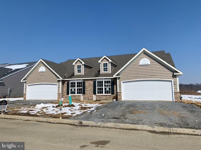 106 Goldenfield Drive #143, LANCASTER, PA 17603 (#1001909608) :: Benchmark Real Estate Team of KW Keystone Realty