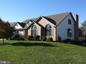 7138 Fairway Drive S, FAYETTEVILLE, PA 17222 (#PAFL154902) :: AJ Team Realty